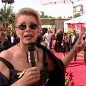 "How Joan Rivers Changed the Red Carpet Interview Forever With One Simple Question: Watch Her Best Moments! | ""FOLLIEWOOD"" 