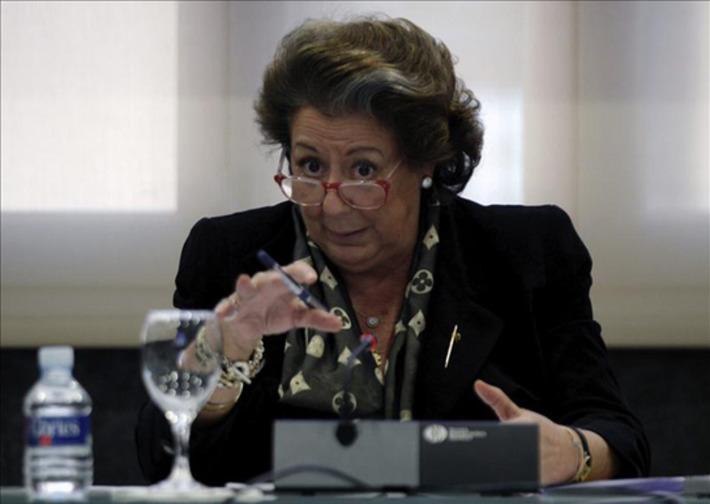 Rita Barberá compra una bandera de España de 15.000 euros para ... - elplural.com | Partido Popular, una visión crítica | Scoop.it