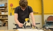 New router enhances the precision of woodworking | Social Foraging | Scoop.it
