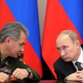 Russians Tell Hagel 'No Intention' of Crossing Into Ukraine