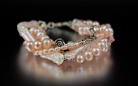 Rose Petals Pearl Bracelet / SRAJD | Vintage Whatever | Scoop.it