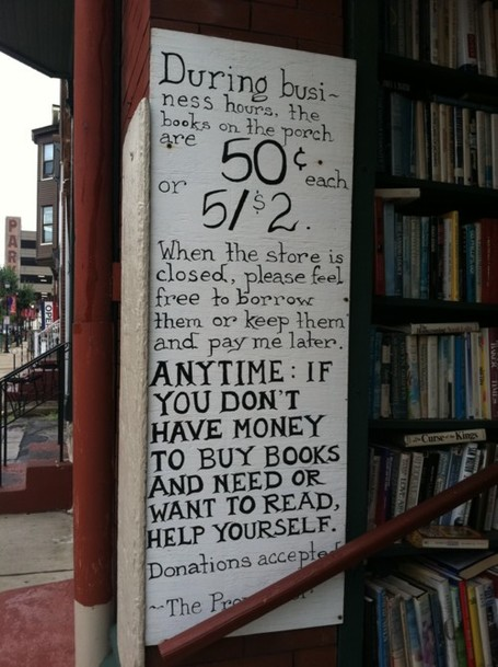 The Centered Librarian: The Best Book Sharing Sign, Ever | Public Library Circulation | Scoop.it
