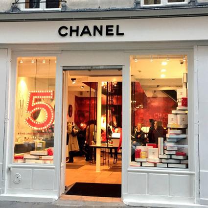 Chanel ouvre sa première boutique beauté dans le Marais | Les Gentils PariZiens : style & art de vivre | Scoop.it