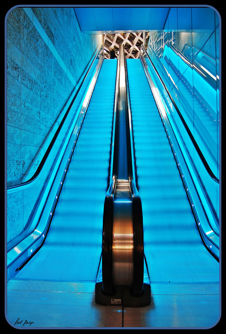 Surprisingly Beautiful Escalator Photography | Coolios | Scoop.it