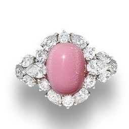 A Conch Pearl and Diamond Ring. | Rings of the World | Scoop.it