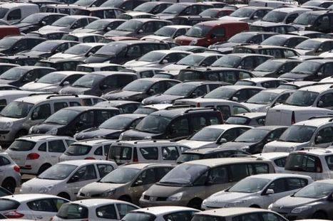 Les ventes de voitures continuent à chuter en France   ECONOMIE ET POLITIQUE   Scoop.it