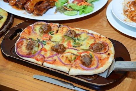 Thưởng thức Pizza hình ovan đặc biệt tại Zpizza | lozi | Scoop.it