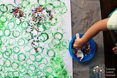Christmas Activities for Kids: Playful Toddler Art | Messy Play | Scoop.it