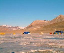 Ancient microbes found living beneath the icy surface of Antarctic lake | Sustain Our Earth | Scoop.it