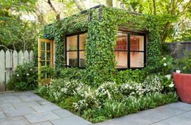 11 Inspiring Vertical Gardens | iMobileHomes - Interior Gardens for Air Quality | Scoop.it