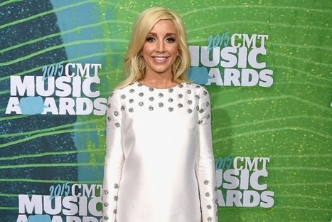 Ashley Monroe Postpones Six Blade Tour Dates | Country Music Today | Scoop.it