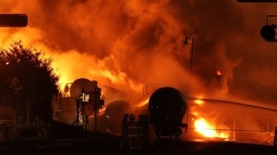 U.S. Government Says Oil Industry Hampering Train Safety · EarthFix · Oregon Public Broadcasting   Occupational health, safety, and ergonomics   Scoop.it
