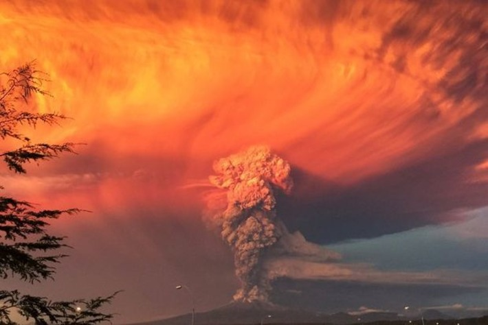 "L'éruption du volcan Calbuco en images | Environnement, Pollution et Eco-Logis ""AutreMent"" 