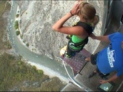 Video !! Tu ai curaj sa faci ce face aceasta fata? WOW   VDroll   Scoop.it