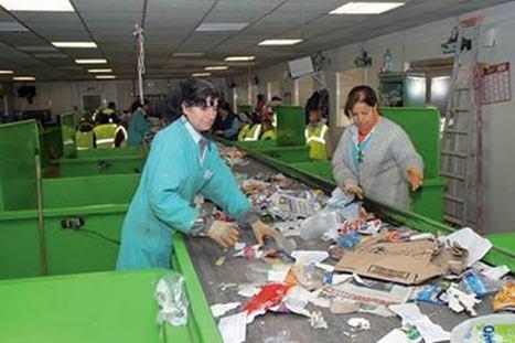 Une opération pilote de la gestion des déchets basée sur la récupération lancée à Oran - Environnement Algérie | Sam Blog | N'imitez pas, innovez | Scoop.it