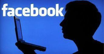 Facebook sfida LinkedIn: nel 2016 arriva il servizio per trovare lavoro | Social Media War | Scoop.it