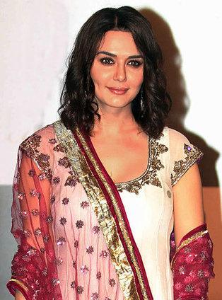 Preity ZIntas upcoming movie Bhaiyyaji Superhit | Bollywood Celebrities News, Photos and Gossips | Scoop.it