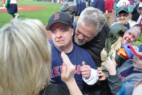 Man With Down Syndrome Performs National Anthem For Red Sox, Knocks It Out Of The Park. | Funny, Inspirational, Amazing | Scoop.it