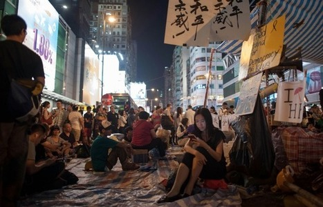 FireChat: The App That Fueled Hong Kong's Umbrella Revolution - Betabeat | Peer2Politics | Scoop.it
