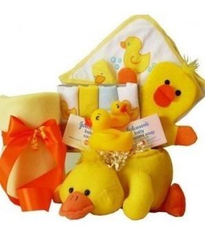 Bath Time Essentials Rubber Duck Baby Gift Basket - Neutral Boy or Girl   Online Store   Scoop.it