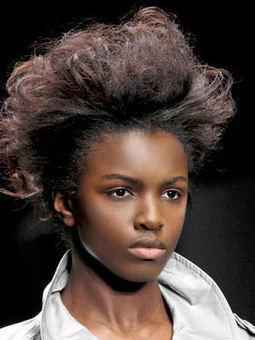 Coupes afro : idées de coiffures pour les cheveux crépus et frisés | nappy word | Scoop.it