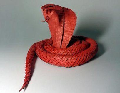 Les incroyables pliages origamiques de Yaroslav Mischenko   CRAKKS   Scoop.it