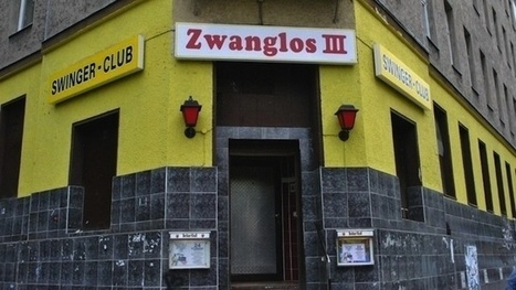 Just Before Dawn at a Berlin Swinger Club | VICE United States | Swinger Lifestyle News | Scoop.it