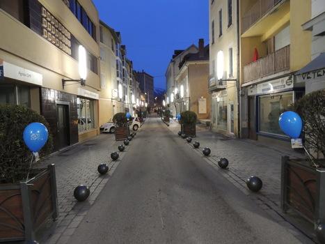 Gap : 450 ballons bleus dans les rues pour annoncer le dépistage du cancer colorectal | streetmarketing | Scoop.it