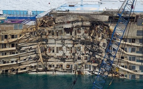 Costa Concordia salvage: Tears and grappa as she rises from deep - Telegraph | Telegraph must read 18-09-2013 | Scoop.it