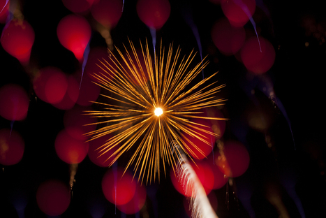 Explosions in the Sky: Macro Photographs of Fireworks by Nick Pacione   Colossal   Arts & Entertainment   Scoop.it
