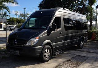 Important Tips For Hiring Limo Services   fortlauderdalecarservices   Scoop.it