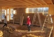Meglio le balle del cemento armato<br/>La pazza idea del centro giovani in paglia | Costruire con le balle di paglia www.caseinpaglia.it | Scoop.it