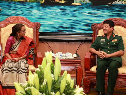 Indian defence delegation visits Vietnam - VietNamNet Bridge | Business English | Scoop.it