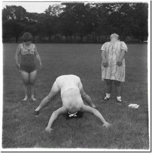 Diane Arbus, anthropologie du contemporain (revue Inferno) | arts visuels | Scoop.it