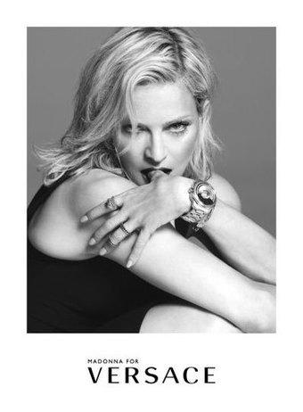 Madonna redevient égérie de Versace   Publicité - Advertising   Scoop.it