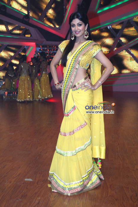 Shilpa Shetty on the sets of her tv show Nach Baliye 6 | CHICS & FASHION | Scoop.it