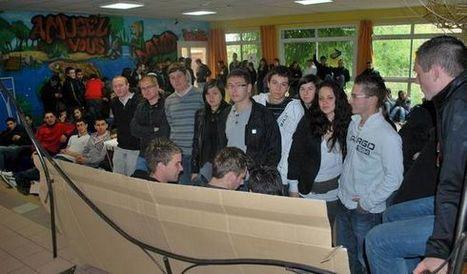 Nouvelle République : Les lycéens de Thuré veulent garder leur animateur culturel - éducation | ChâtelleraultActu | Scoop.it