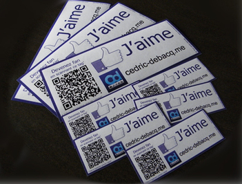 Autocollant Facebook « Dis moi que tu m'aimes » | Internet, web-marketing et réseaux sociaux | Scoop.it
