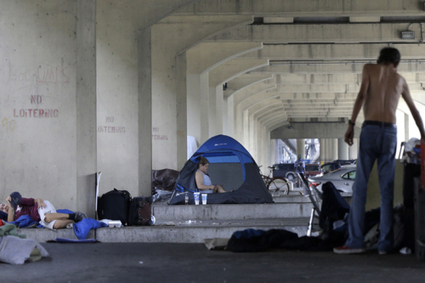 Living 'Hand To Mouth' In Modern American Poverty | LINK-MC.COM Provides Mobile Access to Resources and Support Services for The Homeless | Scoop.it