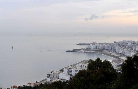 Valls en Algérie, dans un climat tendu entre les deux pays et avec la presse française | L'Algérie et la France | Scoop.it
