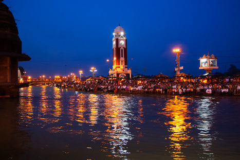The Haridwar Aarti - An Ancient Hindu Worship Ritual   For the love of Photography   Scoop.it