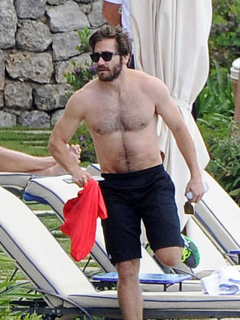 Jake Gyllenhaal Spotted Shirtless In Italy | Celebrity Hunks | Scoop.it