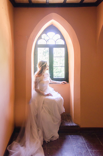 Fairy Tale Bridal Inspiration in Gradara, Le Marche, Italy | Le Marche another Italy | Scoop.it