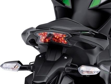 Spesifikasi dan Harga Kawasaki Z800 Terbaru | OtoGrezz.com | Technogrezz | Scoop.it