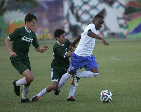 Little Haiti soccer field builds bridges, creates dream - MiamiHerald.com | Soccer and Social Change | Scoop.it