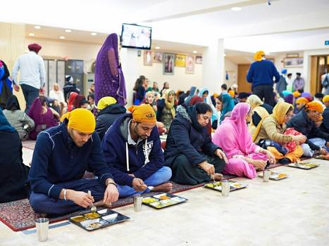 Gurdwaras-turned-food banks: Sikh temples are catering for rise in Britain's hungry | Creative Language Learning | Scoop.it