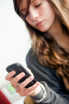 Significant rise in children's texting and time spent online | Eu Kids Online | Scoop.it