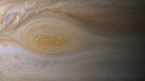 NASA: Jupiter's Red Spot is Likely a Sunburn, Not a Blush | Amazing Science | Scoop.it