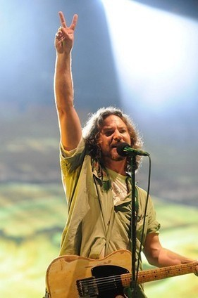 PHOTO: Eddie Vedder (Pearl Jam) | SongsSmiths | Scoop.it