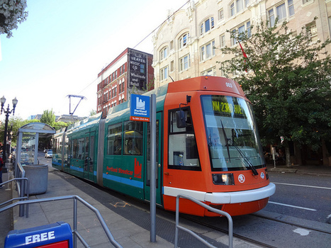 From relic to revolutionary: streetcars revitalize city transit | SmartPlanet | green streets | Scoop.it